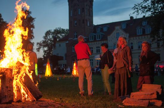 SchlossParkfest mit Jazz-Licht-Skulpturen
